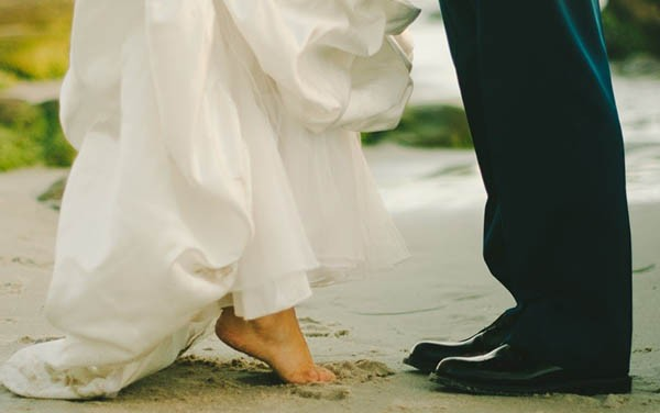 5 Useful Tips to Help You Find the Perfect Destination Wedding Dress
